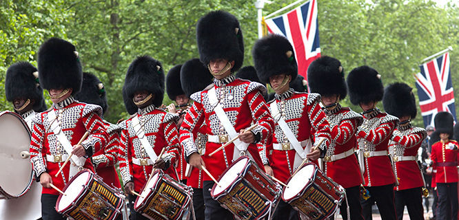 london-tower-guards